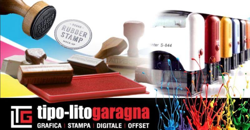 Offerta realizzazione timbri personalizzati Mantova - Occasione realizzazione targhe espositive per porte uffici Mantova