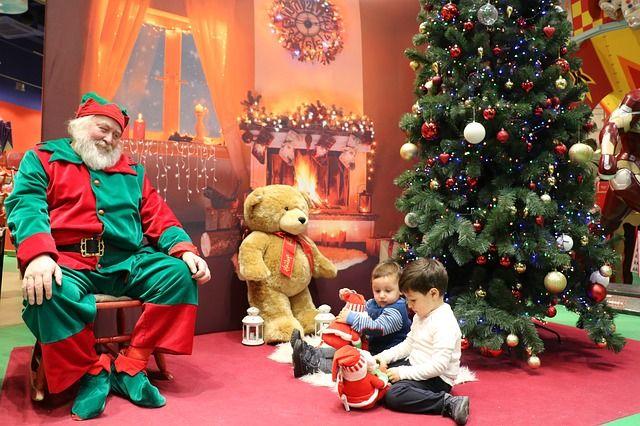 Offerta Alberi di Natale e Articoli Natalizi Ingrosso e dettaglio - Vendita anche a stock - Promozione Natale