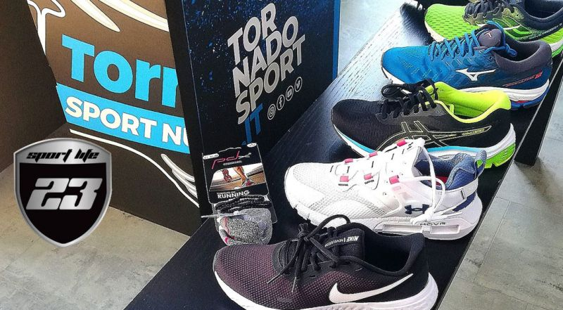 Offerta Abbigliamento Sportivo Senigallia - Occasione Scarpe da Runnig e Calcio Senigallia