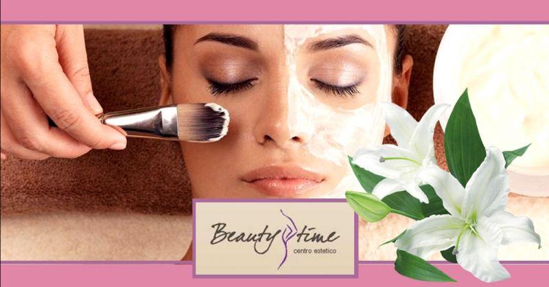 offerta trattamenti viso anti age professionali - occasione pulizia viso con ultrasuoni Mantova