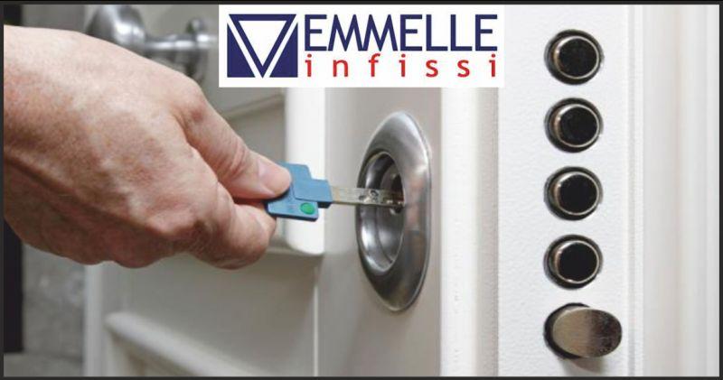 emmelle infissi offerta realizzazione portoni blindati - occasione produzione porte interne