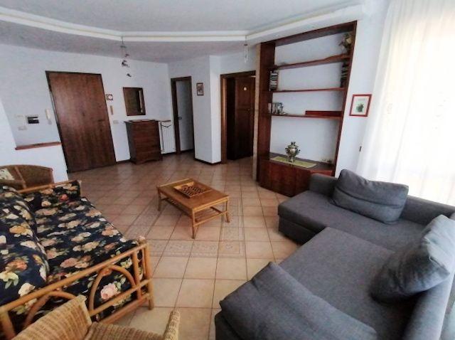 occasione vendita appartamento Porto Recanati tre camere due bagni garage