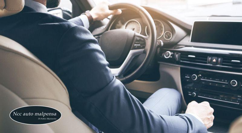 Offerta autonoleggio con conducente per accompagnamento – promozione ncc servizio di accompagnamento per aeroporto