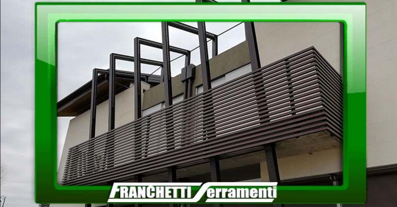 Offerta Ringhiere su misura in ferro Vicenza - Occasione Realizzazione Parapetti in cristallo