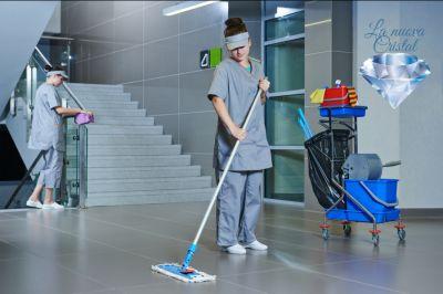 la nuova cristal offerta programmi di pulizia personalizzati promozione pulizie periodiche