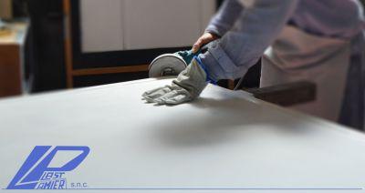 lamier plast snc offerta realizzazione cartelli pubblicitari bifacciali in vetroresina verticali orizzontali