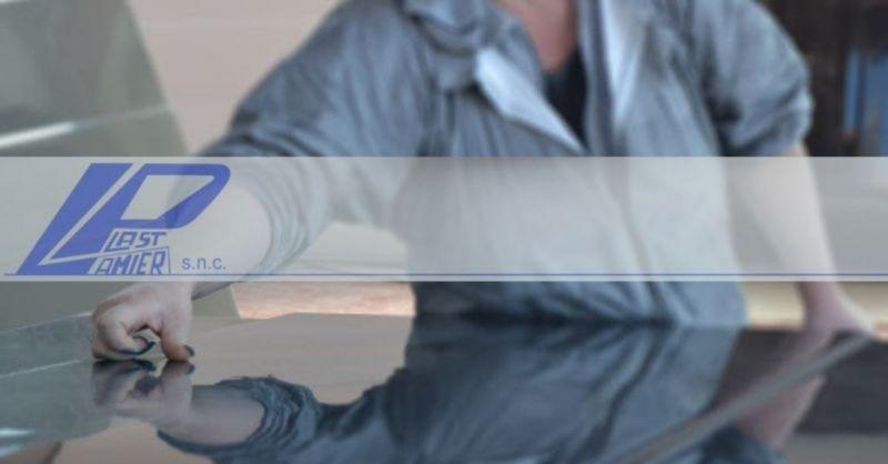 LAMIER-PLAST SNC - finden Sie den besten spezialisierten Glasfaserkunststoff-Verarbeitungsbetrieb Made in Italy