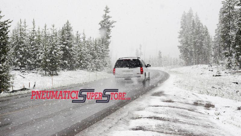 PNEUMATICI SUPERSTORE offerta gomme invernali auto - gomme termiche moto furgoni trasporto leggero gommista