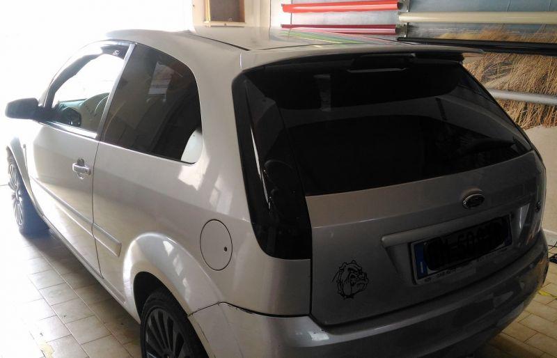 Oscuramento Vetri Window tint Ford Fiesta