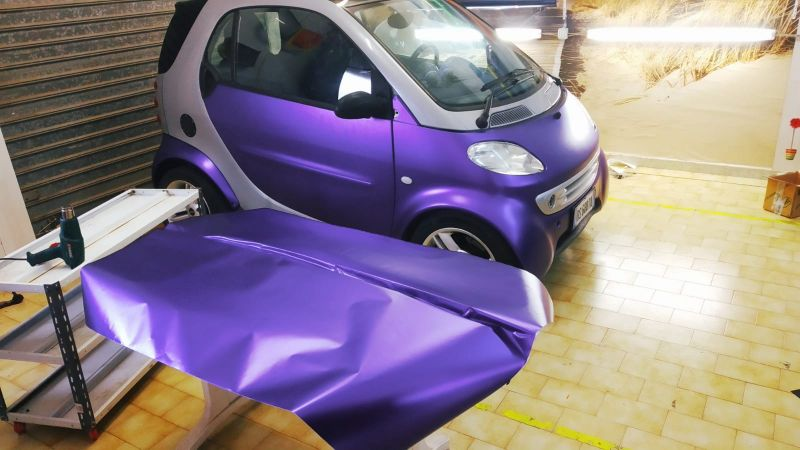 Car Wrapping  Smart in Viola Metallizzato Opaco