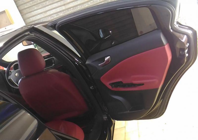 Oscuramento Vetri Pellicole Vetro Privacy Total Black protezione Sport Alfa Romeo Alfaromeo Giulietta Vetro sicurezza