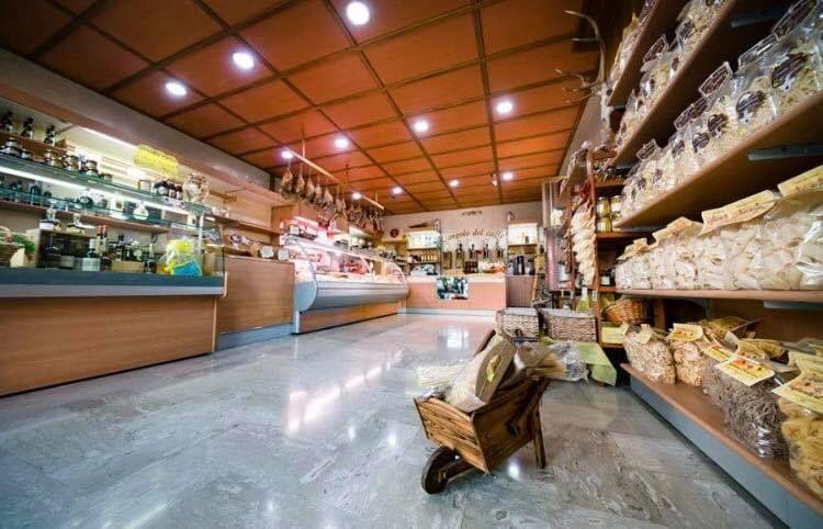 offerta negozio gastronomia tipica venafro - occasione prodotti locali alimentari venafro