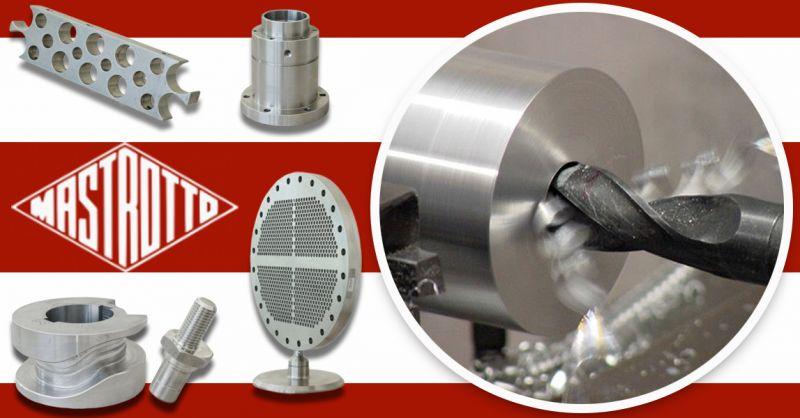 Offerta TORNITURA Specializzata CNC su Disegno Vicenza - Occasione Su disegno lavorazioni Meccaniche