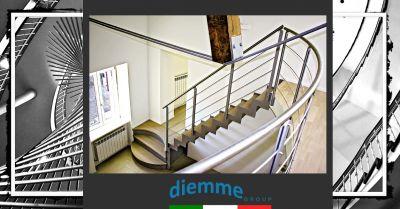 offerta scale a chiocciola originali e su misura in vetro occasione produzione scale a giorno moderne
