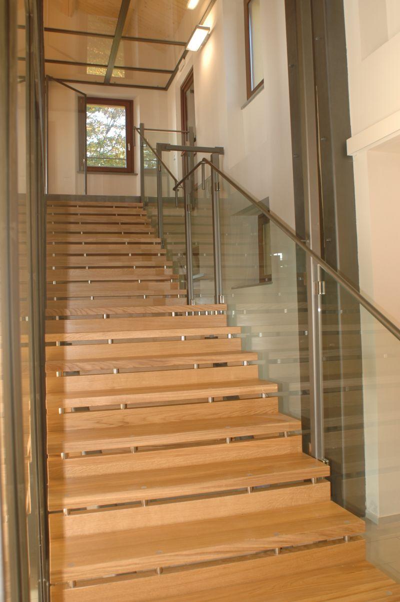 Diemme Group produttrice di scale per interni ed esterni.
