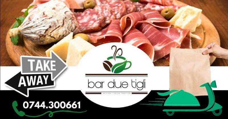 Offerta dove mangiare taglieri con salumi e formaggi Terni - Occasione pranzi per aziende a domicilio Terni