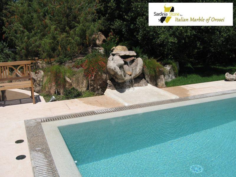 Sardinia Stone - Firmă specializată în vânzarea de marmură Daino fulg de nea, made in Italy