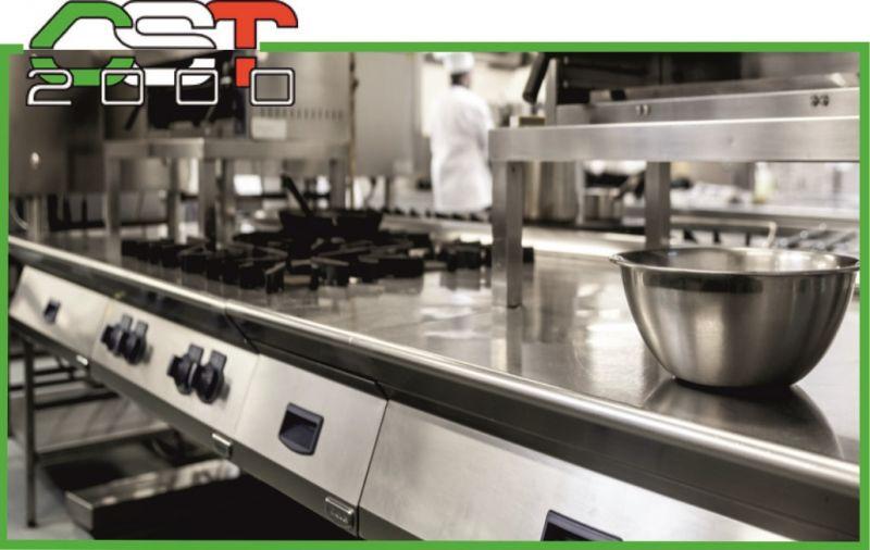 offerta assistenza tecnica su cucine professionali per ristoranti e ristorazioni - CST 2000