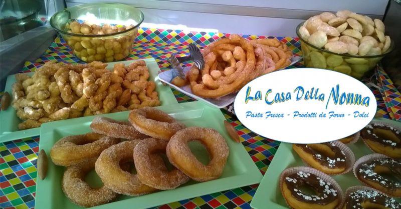 La Casa della Nonna Bolotana - offerta dolci tipici del carnevale frittura