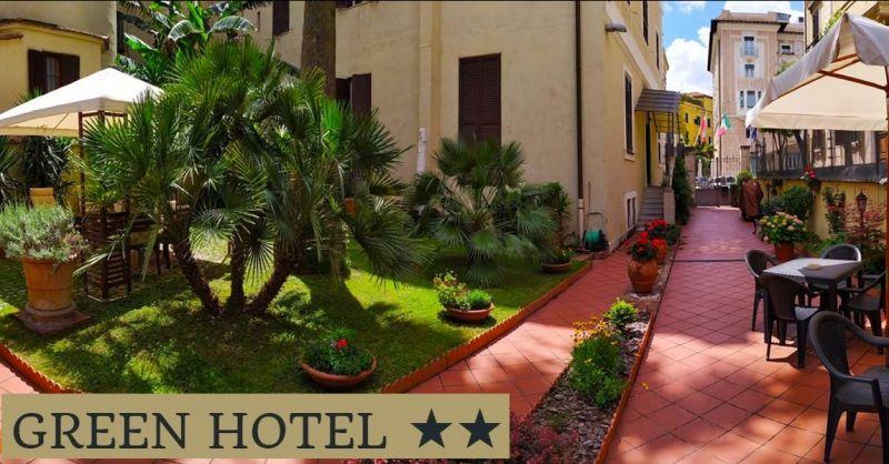 GREEN HOTEL - Offerta pernottamento hotel con giardino vicino ospedale Policlinico Luiss Roma