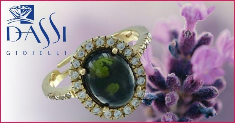 DASSI Gioielli - Offerta anello argento dorato con tormalina verde ovale  e corona di zirconi