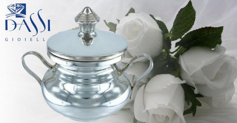 DASSI Gioielli - Trova una zuccheriera in argento 800 con coperchio e manici in vendita online