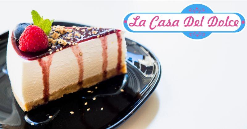 LA CASA DEL DOLCE pasticceria Iglesias - offerta torta a tema dolci per occasioni speciali