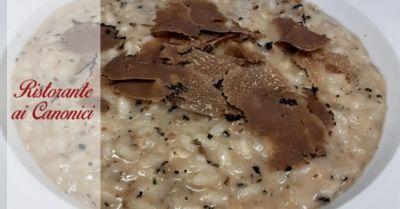 ristorante ai canonici trova dove mangiare risotto al tartufo nero dei colli berici a vicenza