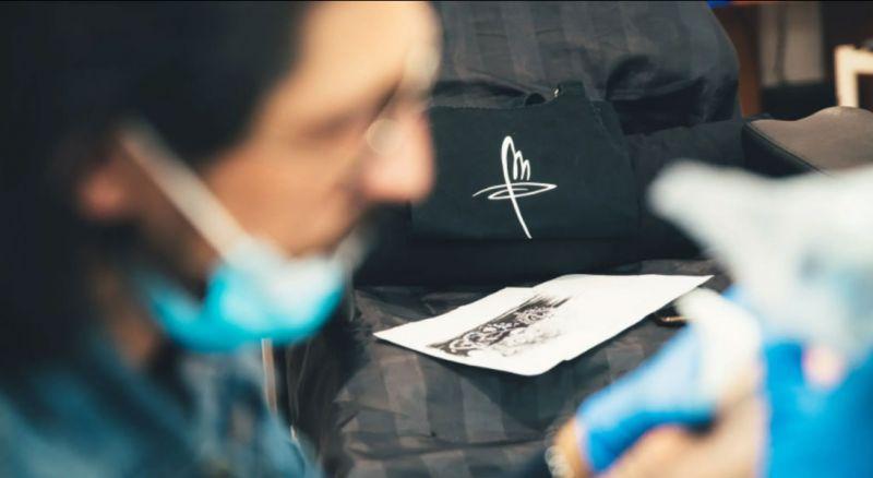 Offerta realizzazione tatuaggi per ragazzi Valle d'Itria
