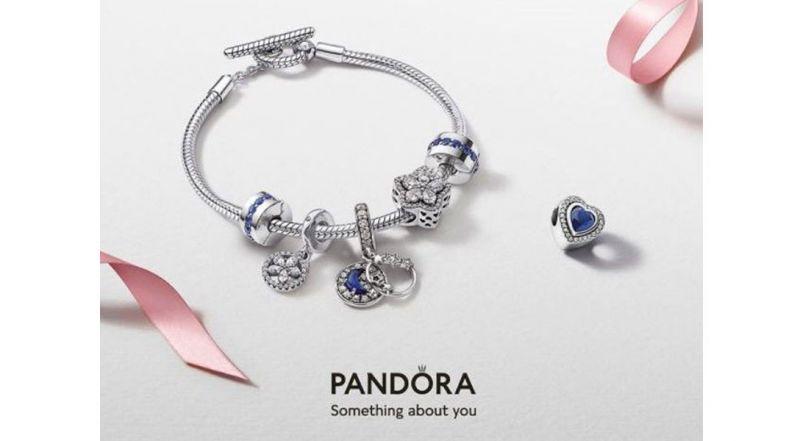 Offerte e promo di anelli e bracciali Pandora online