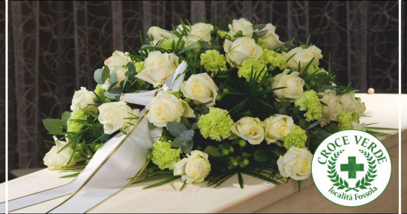 croce verde offerta composizioni floreali funebri carrara - occasione corone funebri massa