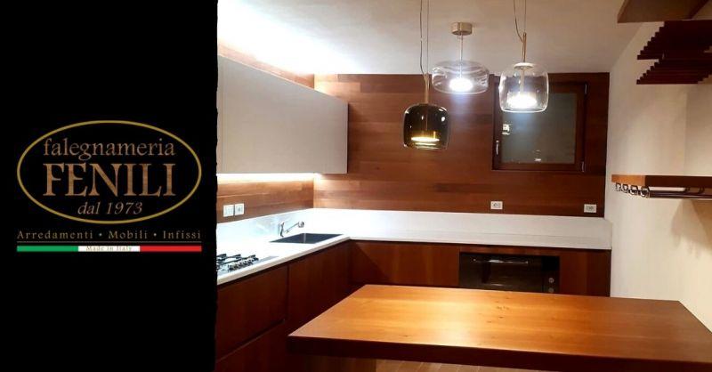 Offerta cucine artigianali in legno di qualità Terni - Occasione produzione cucina ad angolo su misura