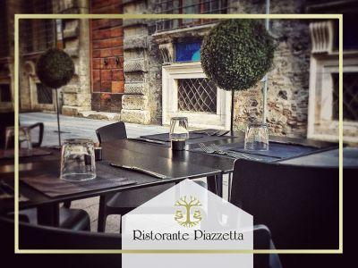 offerta aperitivo cena allaperto promozione tavoli allaperto ristorante piazzetta