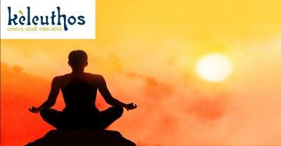 keleuthos offerta yoga evolutivo a verona occasione corso yoga per donne in gravidanza verona