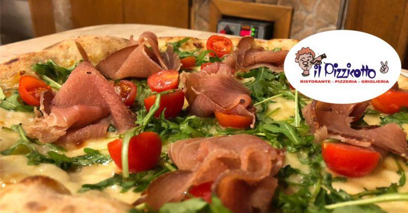 PIZZERIA IL PIZZICOTTO2 - offerta pizza bianca con tonno affumicato rucola e pomodorini