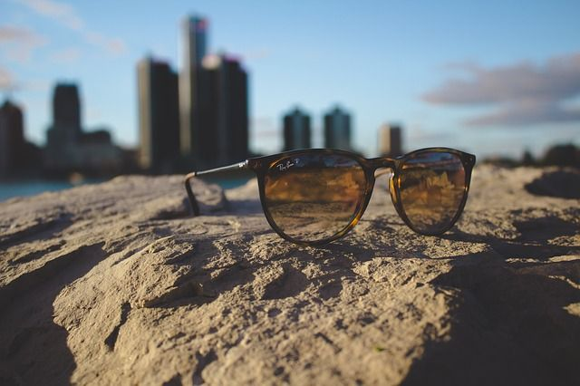 offerta occhiali da vista lenti fotocromatiche occasione occhiali da sole ottica metro