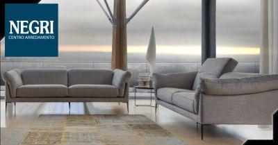 offerta modelli divani angolari in pelle piacenza occasione divano in tessuto piacenza