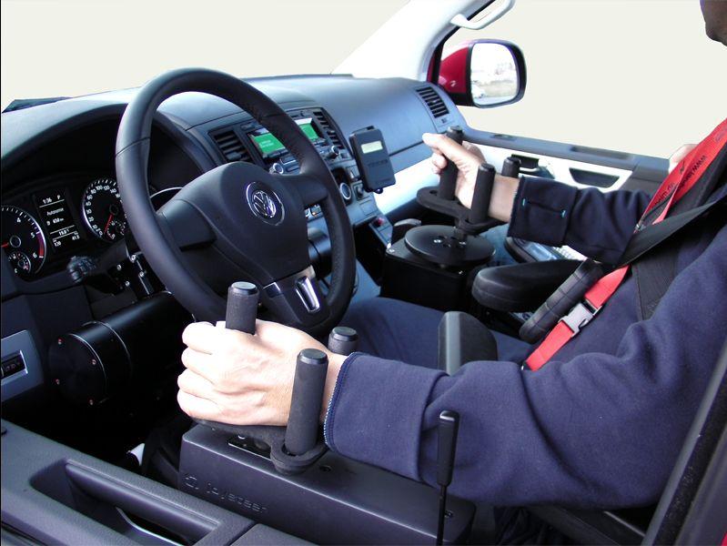 offerta corsi di guida disabili promozione guida persone sordomute formula 2000