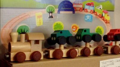 offerta vendita produzione giocattoli in legno occasione vendita giochi educativi bambini