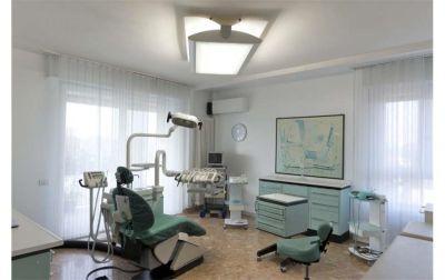 offerta impianto dentale in titanio o tantalio supporto corone dentali peschiera verona