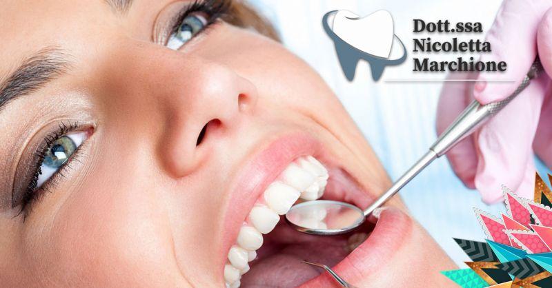 Offerta Dentista sbiancamento professionale dentale Peschiera - Occasione rimozione macchie dai denti Verona