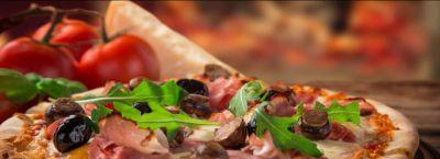 offerta specialita pizza cotta forno a legna occasione mangiare pizza in centro a trieste