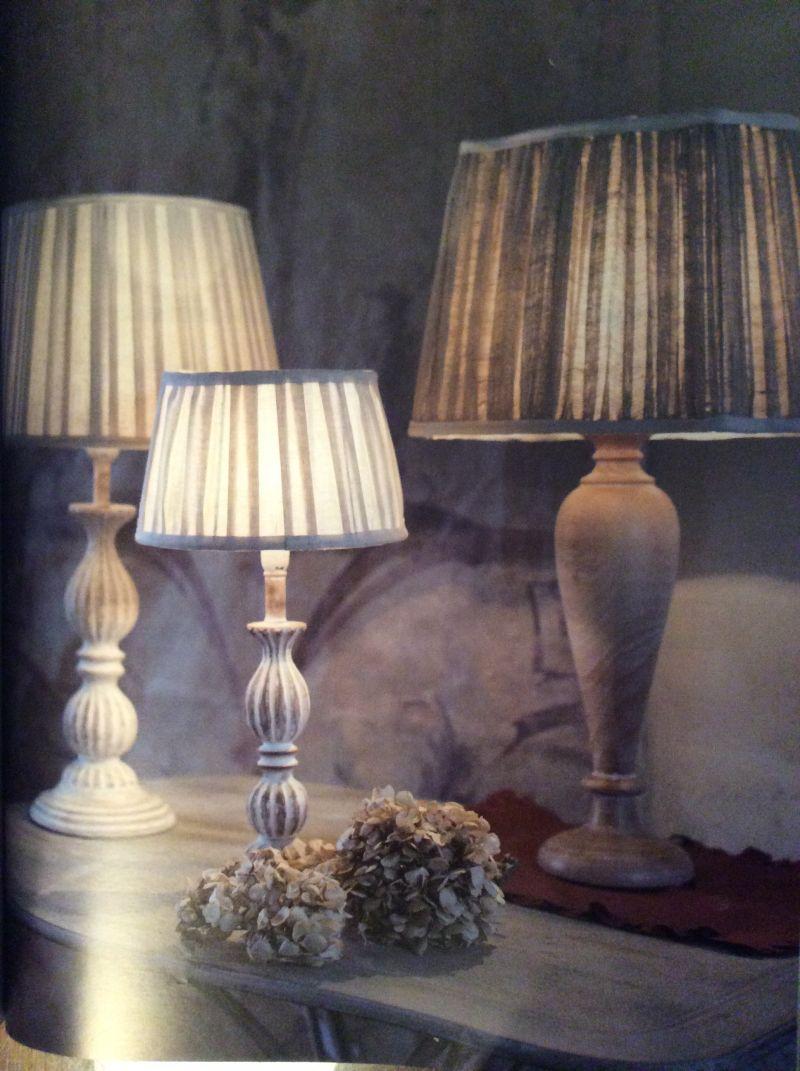 Lampade da tavolo, da tavolino in stile Shabby