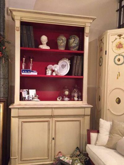 libreria in legno 800 francese colore avorio in super offerta da casa antica arredamenti