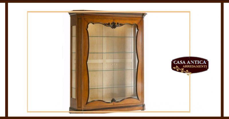 offerta vendita vetrina in legno intagliata catania - occasione cristalliera a due ante catania