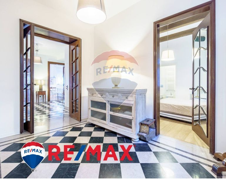 REMAX ENTERPRISE vende appartamento in villa sette vani –immobile quartiere roiano