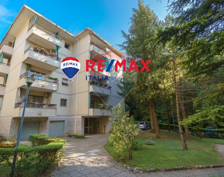 REMAX ENTERPRISE vende appartamento 3 vani via carlo antonio condominio nel verde