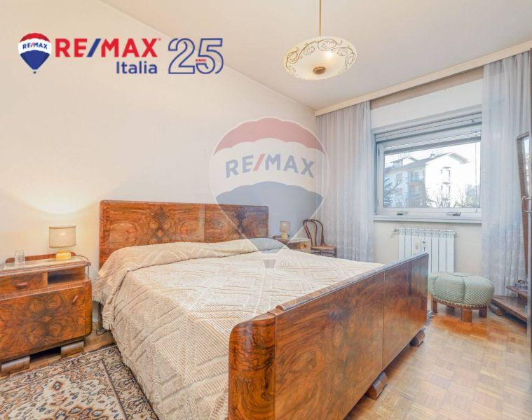 REMAX ENTERPRISE vendesi appartamento ristrutturare ampia metratura luminoso zona chiarbola