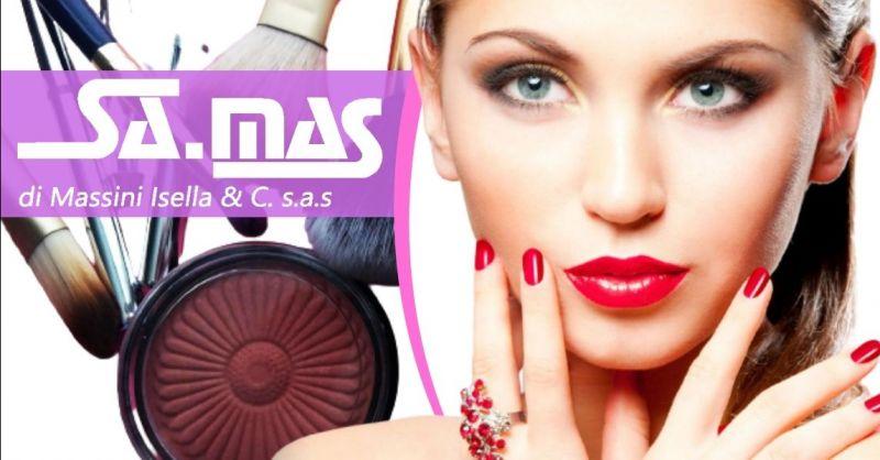 Offerta vendita arredamento per parrucchieri Piacenza - Occasione prodotti professionali per estetiste Piacenza