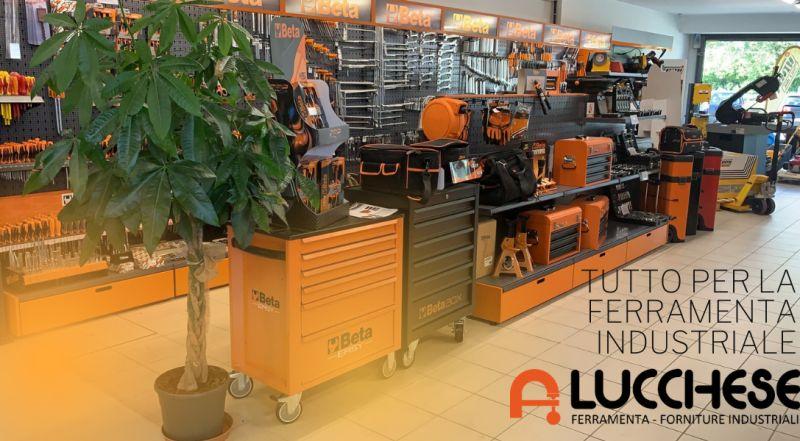 Vendita all'ingrosso di articoli di ferramenta a Pordenone – offerta vendita macchine agricole a Pordenone